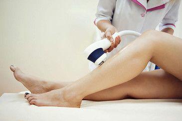 Лазерная эпиляция ног со светлыми волосами: миф или реальность?